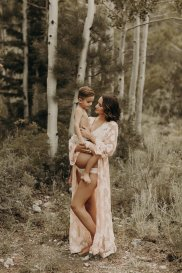 View More: http://thelightandthelove.pass.us/bailie-maternity